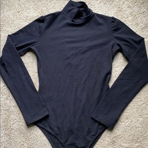 🌟reformation black navia turtleneck bodysuit